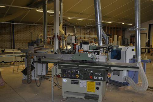 VRI interieur: Amerongen werkplaats stationaire freesmachine SCM T130