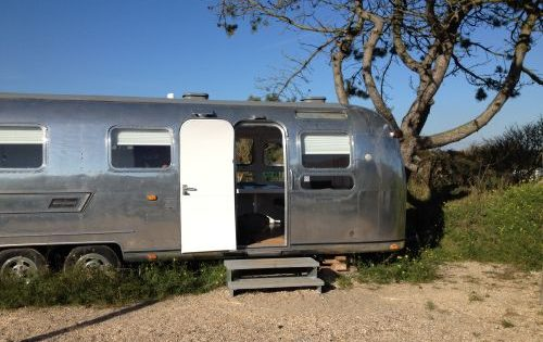 VRI interieur: BAZ 25 retro trailer Airstream