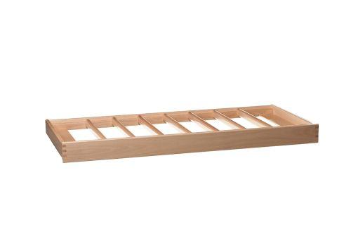 VRI interieur: exclusieve houten broekenhanger