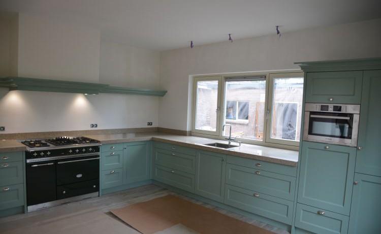 VRI interieur: landelijke keuken in groen